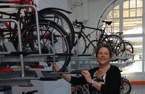Baroness Kramer at Sheffield Station Cycle Hub