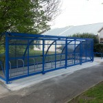20 cycle hamble shelter with sliding gates