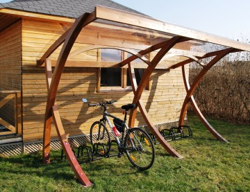 Wooden Balham cycle shelter
